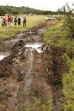 obstacle 4x4 boueux à la voie de Leroleng 4x4 Photographie stock libre de droits