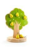 Obstbaum spielt mit Magneten, um an Frucht festzuhalten Lizenzfreies Stockbild