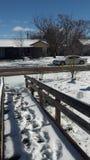 Obtenait toujours d'aller travailler sur un jour de neige Images libres de droits