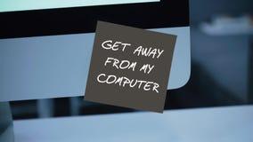 Obtenez à partir de mon ordinateur L'inscription sur l'autocollant sur le moniteur illustration de vecteur