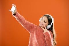 Obtenez l'abonnement de musique Appréciez le concept de musique Les meilleurs applis de musique qui méritent d'écouter Détectez à images libres de droits