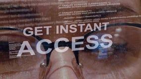 Obtenez le texte instantané d'accès sur le fond du promoteur femelle banque de vidéos