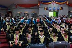 Obtention d'un diplôme d'études secondaires image stock