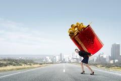 Obtention du cadeau ou de la bonification Media mélangé Photos stock