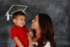 Obtention du diplôme d'enfant Image libre de droits