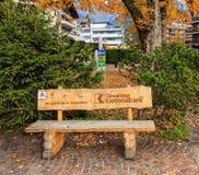 Obwalden distrikts-bankbänk Arkivfoto
