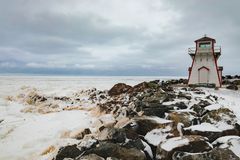 Océan congelé Nova Scotia Canada de phare d'Arisaig images libres de droits
