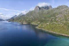 Océan et montagnes incorporées Images libres de droits