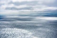 Océan et nuages Image stock