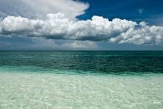 Océano al horizonte foto de archivo libre de regalías