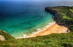 océano de la playa del paisaje en Asturias, España Foto de archivo