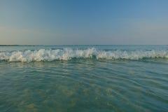 Océano de la playa y de la onda Fotos de archivo