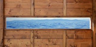 Océano de madera panorámico del paisaje marino de la ventana Fotografía de archivo