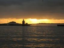 Océano del puerto de la puesta del sol de Noruega Fotos de archivo libres de regalías