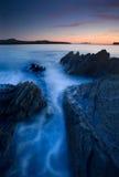 Océano en el crepúsculo Fotos de archivo