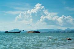 Océano hermoso de SanYa HaiNan China Foto de archivo