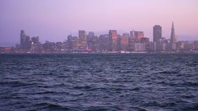 Océano Pacífico panorámico de San Francisco California Downtown City Skyline almacen de video