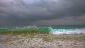 Océano tempestuoso colorido Imagen de archivo libre de regalías