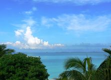 Océano tropical fotos de archivo libres de regalías