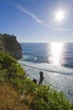 Océano y acantilado de Sun Fotos de archivo libres de regalías