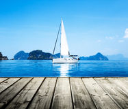 Océan de l'eau bleue Image libre de droits