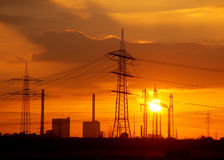 Ocaso de la central eléctrica fotografía de archivo libre de regalías