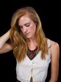 Occhi azzurri attraenti dei capelli biondi della fragola femminili Fotografie Stock Libere da Diritti