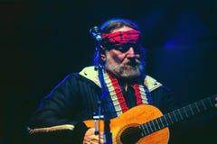 Occhi azzurri di canto del Willie cryi Fotografia Stock