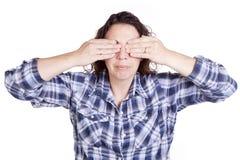 Occhi blu delle mani di espressione della donna Fotografia Stock