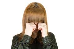 Occhi dello sfregamento della ragazza Fotografia Stock Libera da Diritti