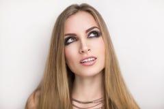 Occhi fumosi della donna del rock star Fotografia Stock Libera da Diritti