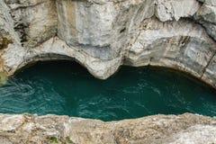 Occhi rocciosi degli smeraldi Immagini Stock