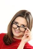 Occhiali d'uso di modello delle giovani donne graziose Immagini Stock Libere da Diritti