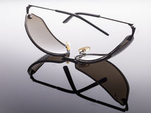 Occhiali da sole costosi Fotografia Stock