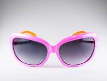 Occhiali da sole rosa di modo Fotografie Stock Libere da Diritti