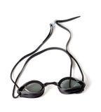 Occhiali di protezione bagnati per il nuoto sul fondo bianco Fotografie Stock Libere da Diritti