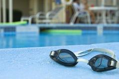 Occhiali di protezione di nuoto Immagine Stock