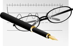 Occhiali, penna e grafico Fotografia Stock Libera da Diritti