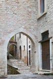Occhiata di Visso, bello villaggio nella provincia di Macerata fotografia stock