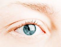 Occhio azzurro umano. fotografia stock