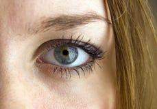 Occhio della ragazza fotografie stock