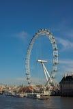 Occhio di Londra dal ponticello di Westminster Fotografie Stock