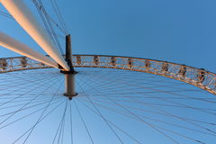 Occhio di Londra in Waterloo, Londra - 15 febbraio di 2015: Ciò è la terza più grande ruota di ferris tutt'intorno il mondo Fotografia Stock
