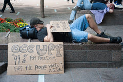 Occupez le repos de protestataires de Wall Street Photo libre de droits