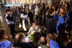Occupi la democrazia non sarà ritorno silenzioso al quadrato del Parlamento Fotografie Stock Libere da Diritti