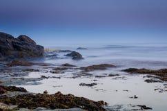Oceaan bij nacht Royalty-vrije Stock Afbeelding