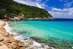 Oceaan en het strand van het eiland van de Schildpad (Thailand Royalty-vrije Stock Afbeelding