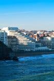 Oceaan en stad Stock Afbeelding