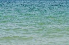 Oceaan Kalme Golvenachtergrond Stock Afbeelding