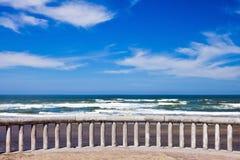 Oceaan kustlijnlandschap Stock Foto